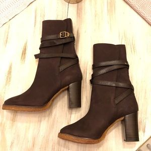 Tory Burch Camel Jamie boots NWOT